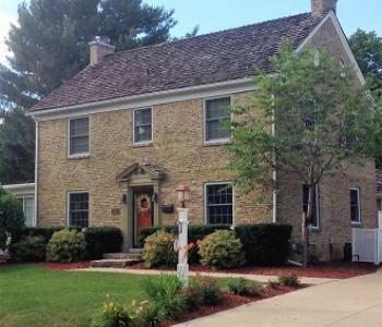 1810 Emerson House B&B