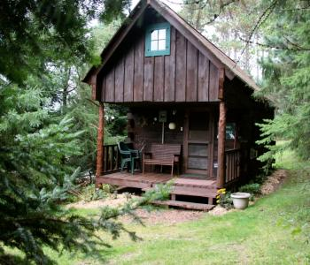 Grapevine Log Cabins