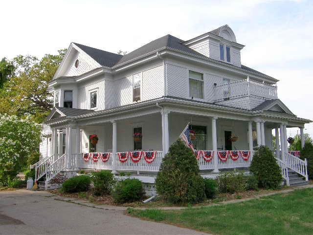 lindsay-house waupaca county