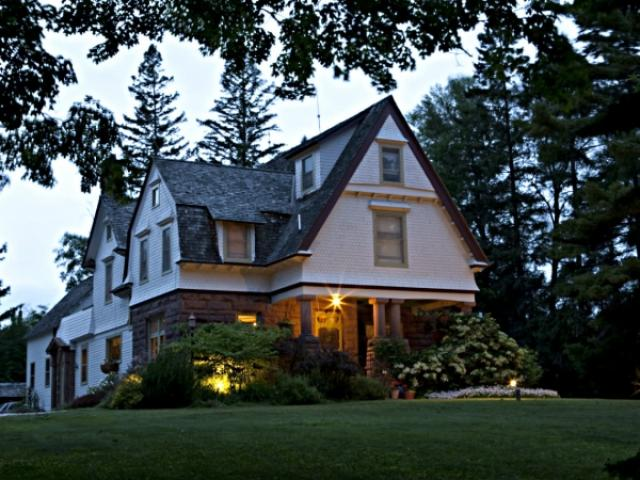 Pinehurst Inn Bed & Breakfast