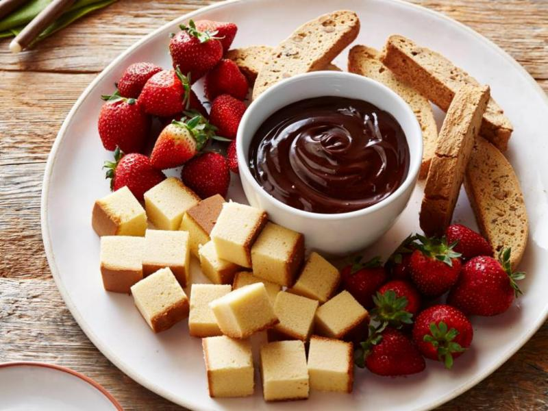 Orange Chocolate Fondue - Chocolate Recipe
