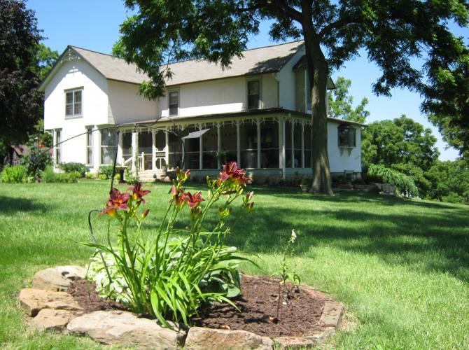 Sheer Memories Bed & Breakfast & Guest Cottage