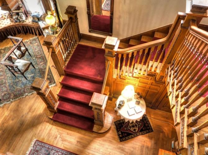 Relax in style atFargo Mansion InnLocated in Lake Mills WIView Listing