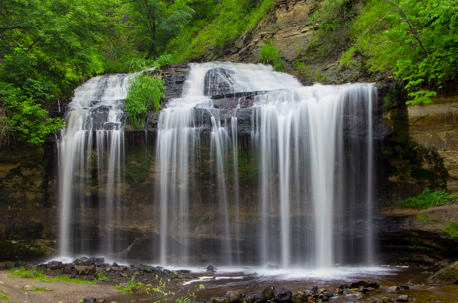 12 Best Waterfall Hikes in Wisconsin