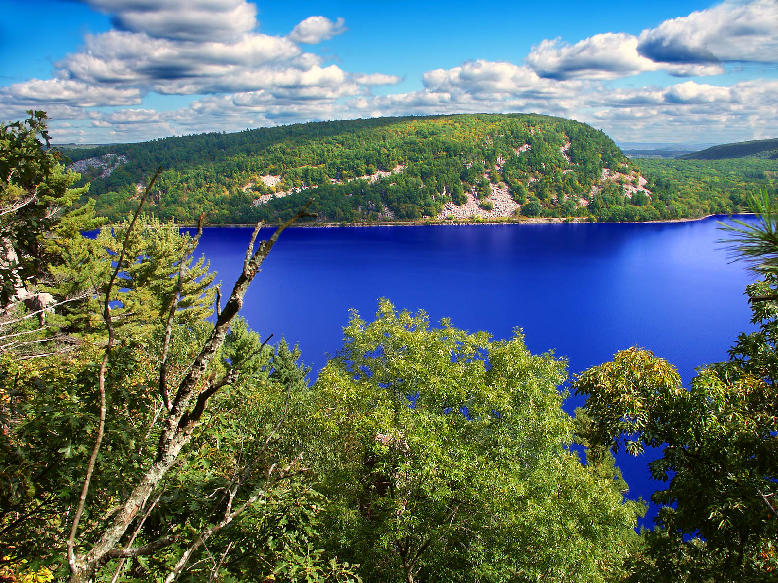 Top State Parks to Visit in Wisconsin This Summer