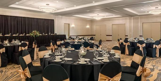 Embassy Suites - Ballroom