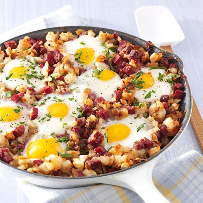 Corned-Beef-Hash-and-Eggs Saint Patricks Day Recipe