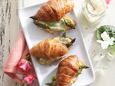 mini-croissant-roasted-asparagus-sandwiches