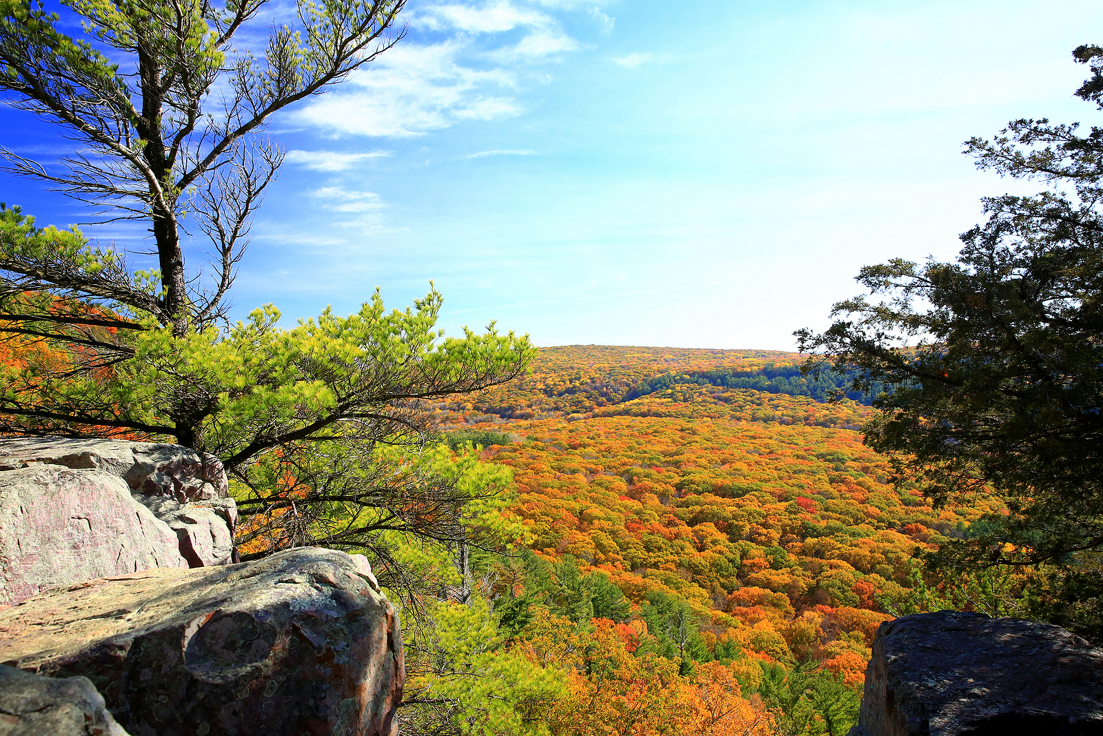 This Fall, Discover the best hiking in Wisconsin